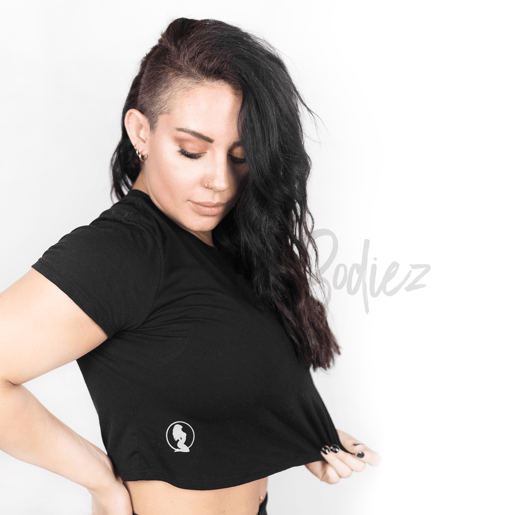 *CHILL* Black Cropped Tee