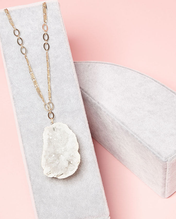 Necklace - Large sugary crystal druzy suspended on a gold plated chain.