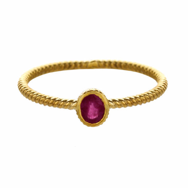 18CT GOLD RING - RUBY