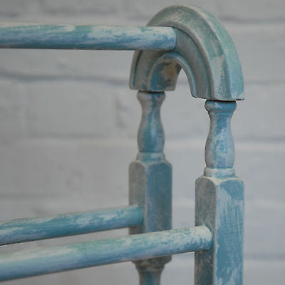 Vintage Shabby Chic Wooden Towel Rail