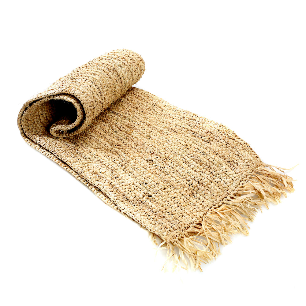 FRINGE RAFFIA TABLE RUNNER