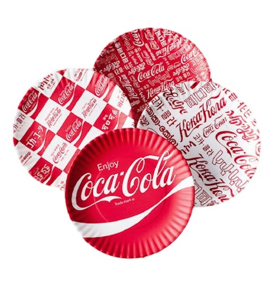 "Coca-cola ""Around the World"" Picnic / Dinner Plate  9 Inch Melamine  Set of 4..."