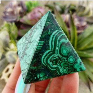Malachite Pyramid - 001