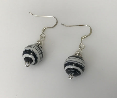 Its Sense Earrings Black Shimmer Oval Posts E8737-BK