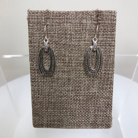 Earrings Silver Open Teardrop Fishhook EM8505ATS