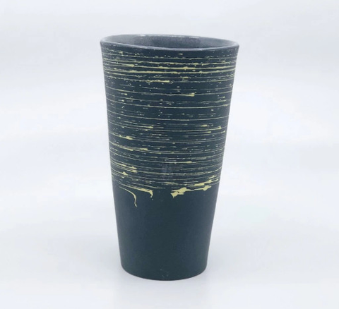 Seismic Pint, Black
