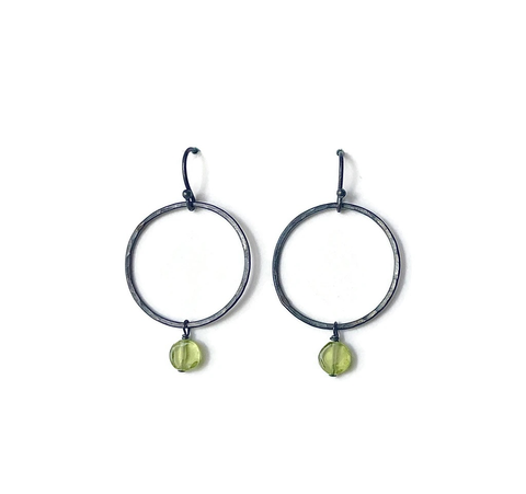 Darkened Silver Earring w / Peridot