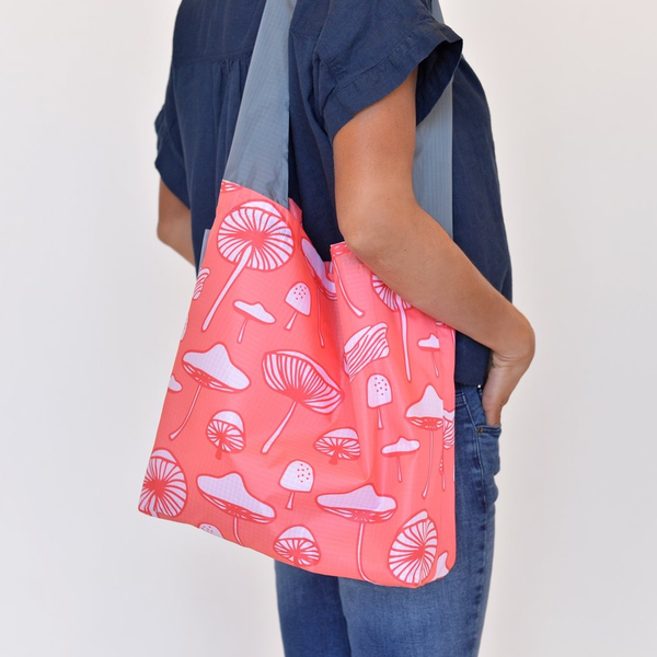 Flip & Tumble 24-7 bag, Mushrooms