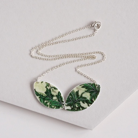 Verdant Necklace [green leaves]