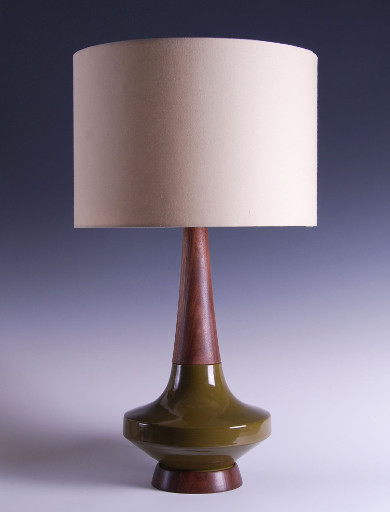 Saucer Table Lamp