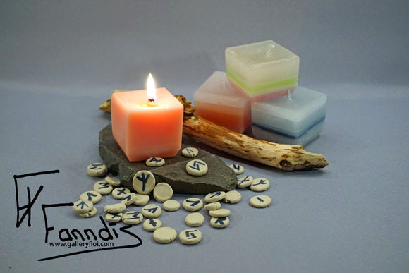 Spádóms rúna kerti / Prophecy rune candles