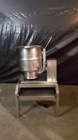 Used-Groen TDB/7-40 Steam Jacket Tilt Electric Steam Kettle, 40 Qt.-buyREL