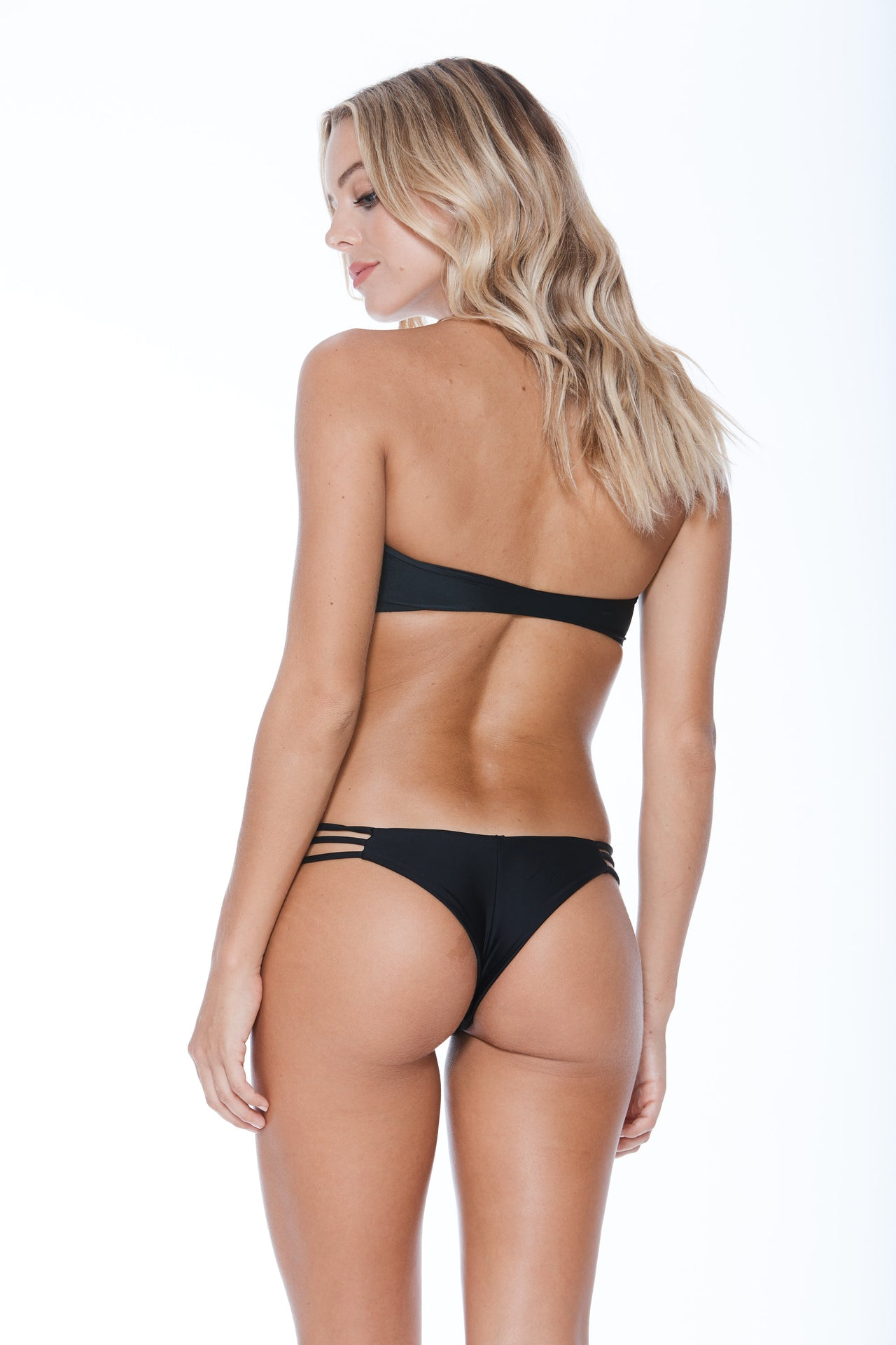 Camilla Bottom - Black