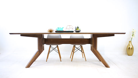 Moderncre8ve | Zoe Dining Table