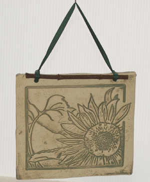 Large Botanicals - Sunflower for Summer - Amaranth Stoneware Canada
