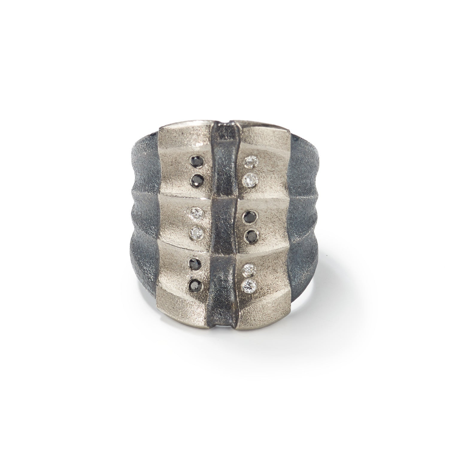 Shades of Gray Ripple Ring