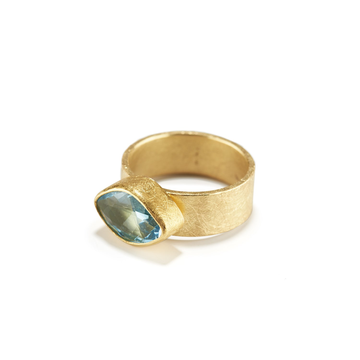 Eye Shaped Aquamarine Ring