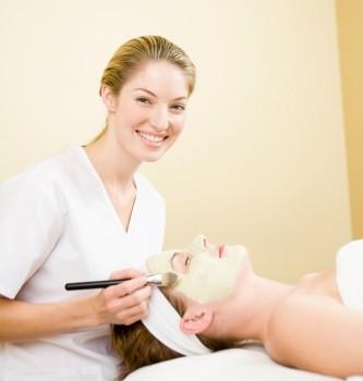 Our Best 5 Tips for Running a Successful Esthetics Business - Breizh Esthetic & Salon Supply