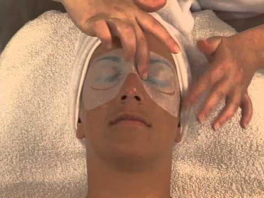Get an Exceptional Facial Treatment with the Super-moisturizing Algae Treatment