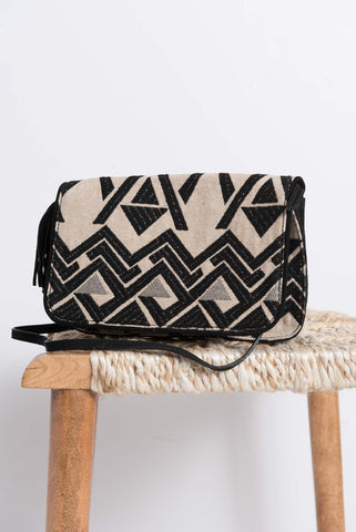 Anvi Crossbody Bag - Black/Silver - LatchCo