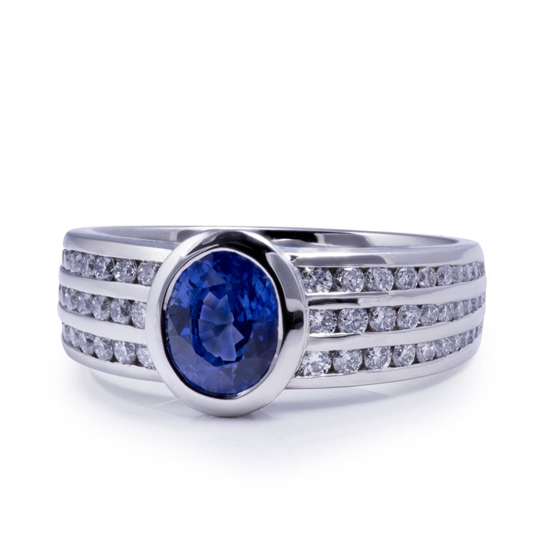18k white gold sapphire and diamond ring designed and made in Calgary
