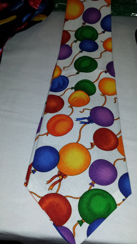 Ties Balloons/White - Long