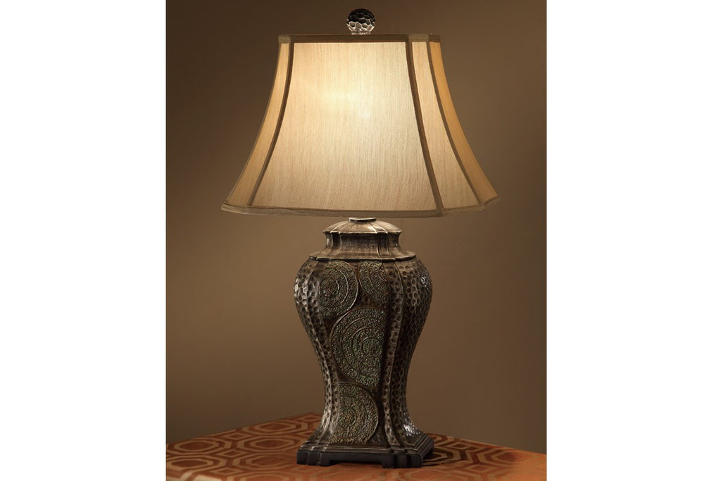 F5347 TAN POLYRESIN TABLE LAMP SET OF 2