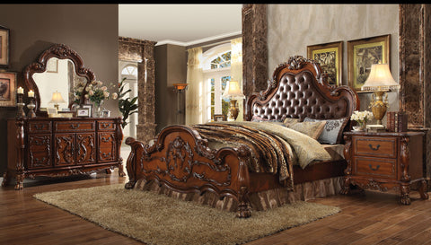AC23140Q TRADITIONAL DRESDEN CHERRY OAK 4PCS BEDROOM SET