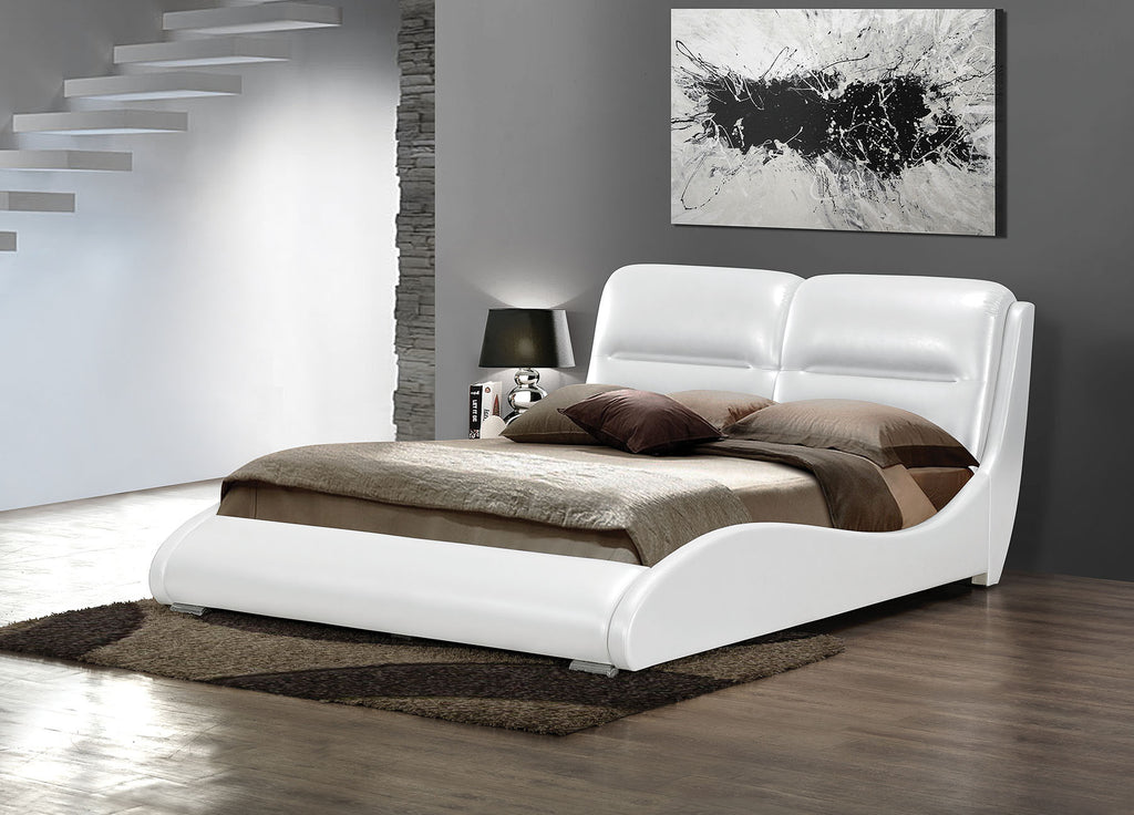 ACME 24720Q ROMNEY WHITE BYCAST PU QUEEN BED