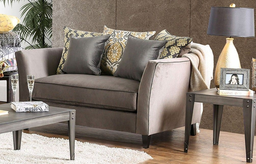 CHANTAL LOVESEAT