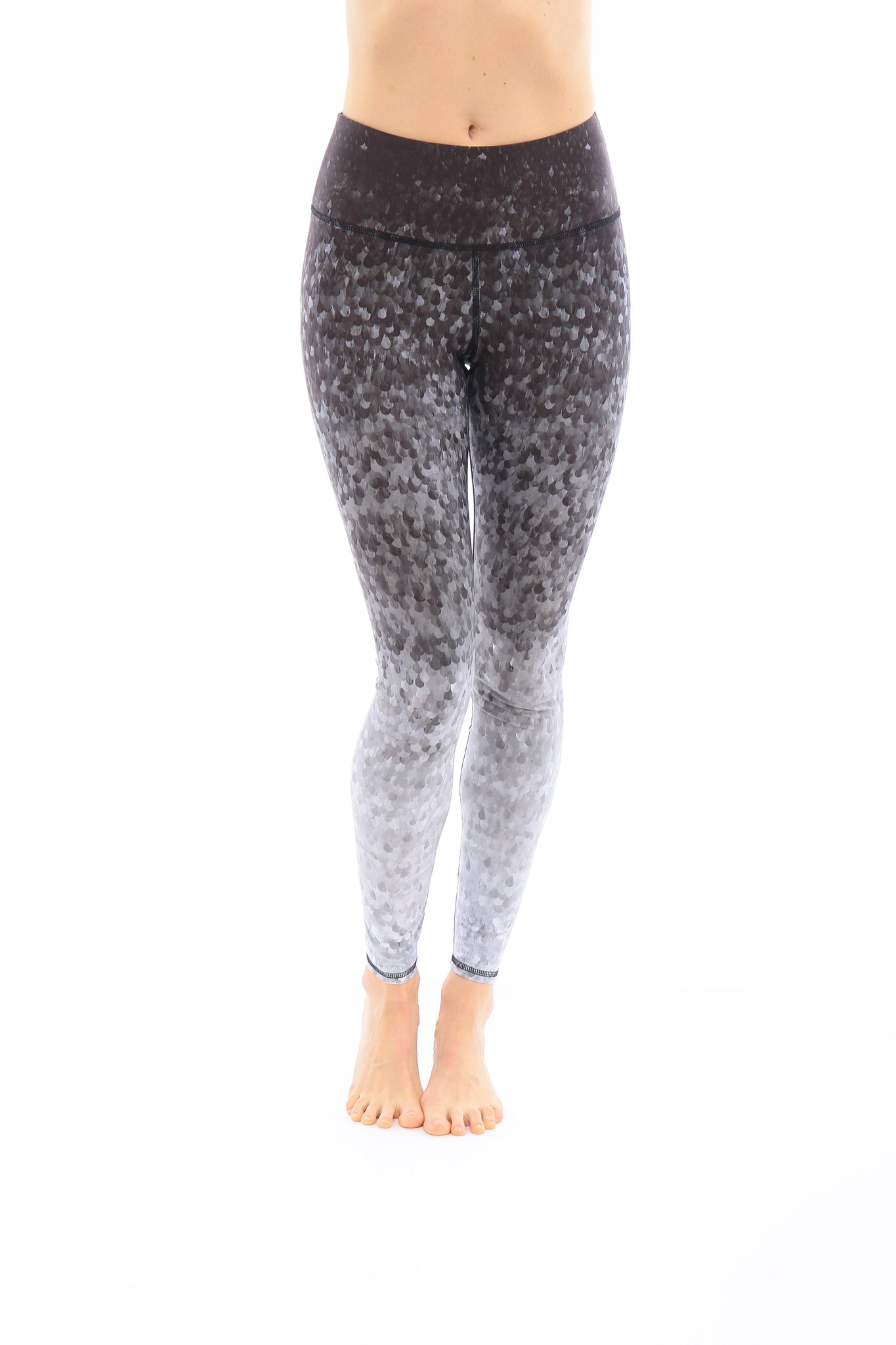 Onyx Scales Leggings
