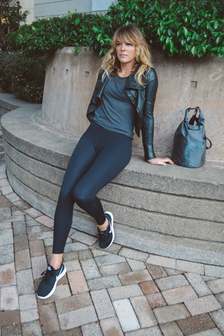 Black Staples Leggings