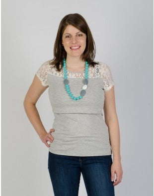 Momzelle - Anne Nursing Top