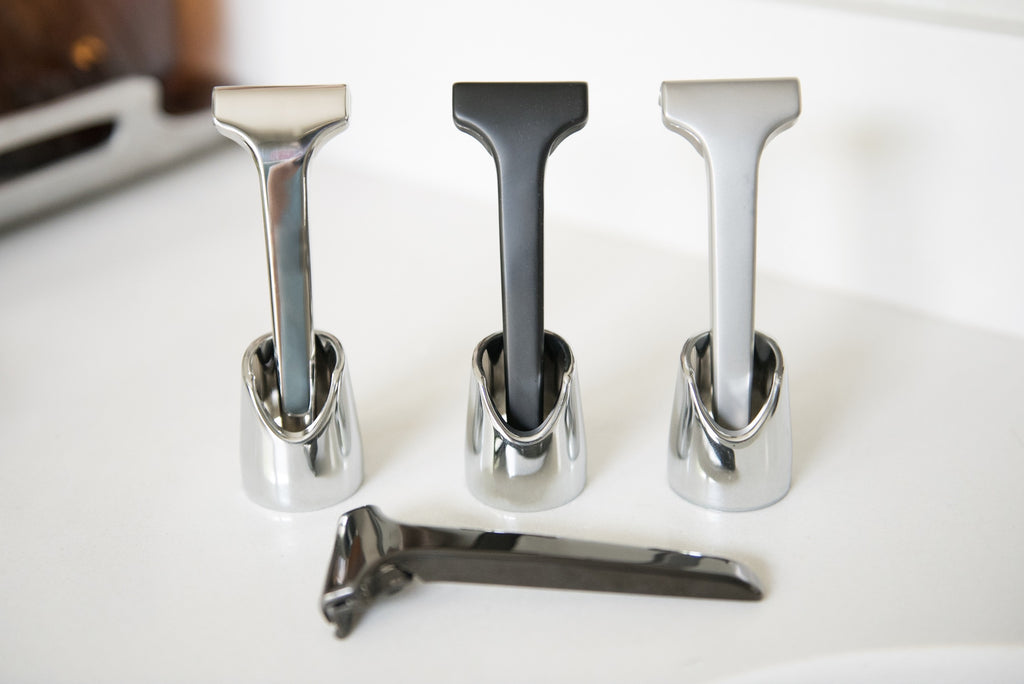 FLYT Razor Stand (Available on Amazon)