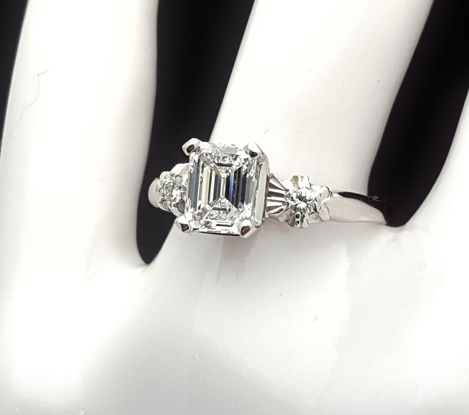ring platinum and carat diamond l stunning gia