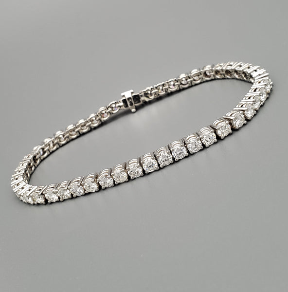 Ladies 8 Carat Diamond Platinum Tennis Bracelet