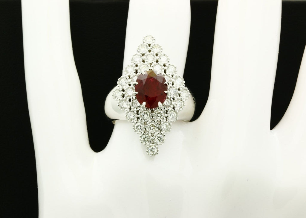 Designer Gioielli 18K White Gold Ruby Ring w/ Diamonds