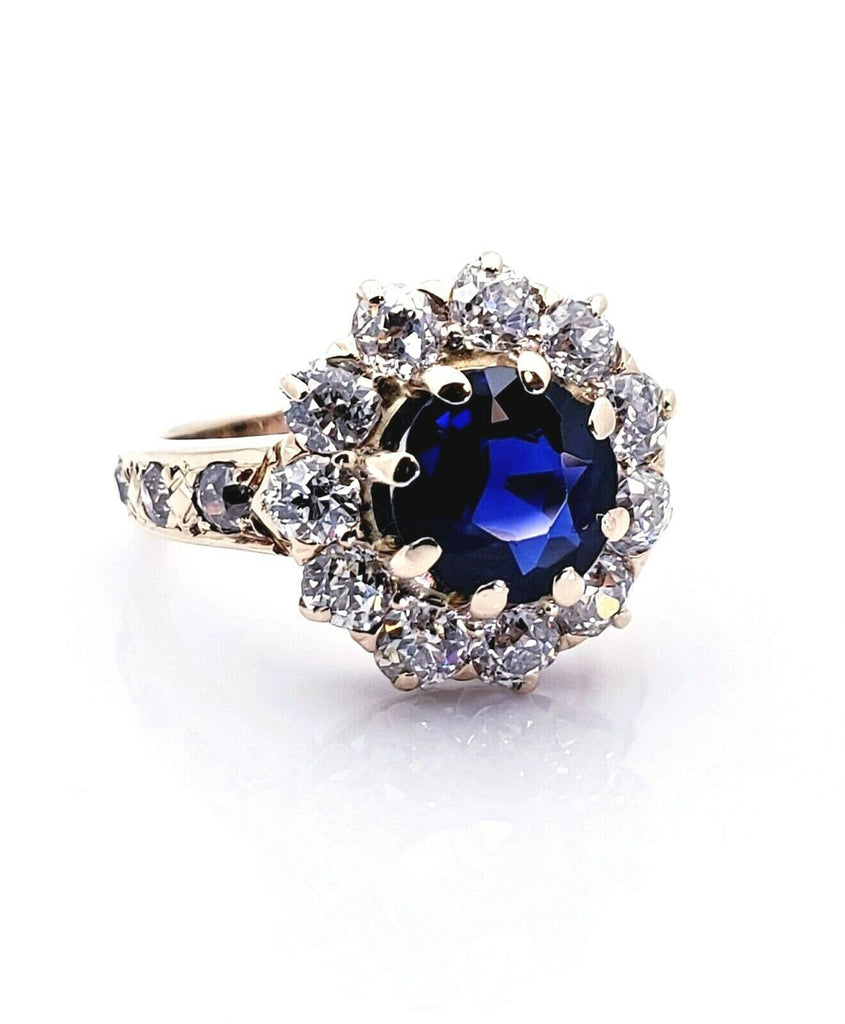 Ladies 14K Yellow Gold Natural Blue Sapphire & Diamond Ring