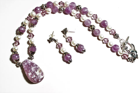 Light Amethyst Druzy Pendant and Beads, Swarovski White Pearls Sterling Necklace and Earrings