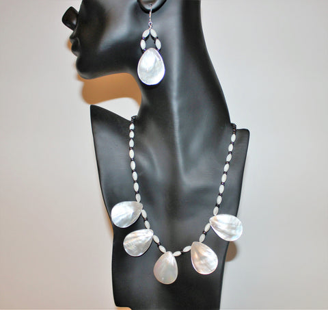 Teardrop Mother of Pearl Pendant Beads, Black Seed Beads Sterling Necklace and Earrings