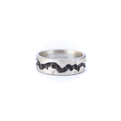 Men's Fissure Silver Wedding Band