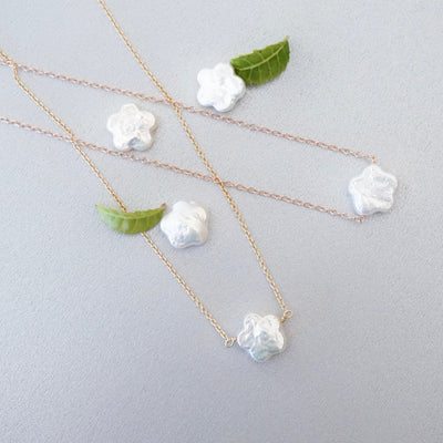 Flower Pearl Necklace