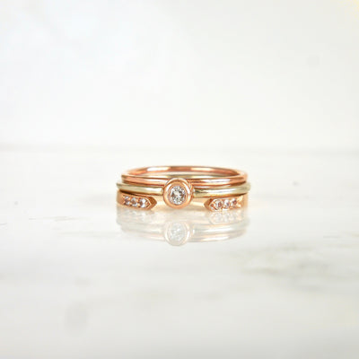 Dainty Diamond wedding Band Ring