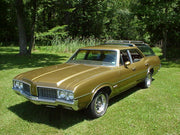 S&D | THAT '70s SHOW <br />Oldsmobile Vista Cruiser