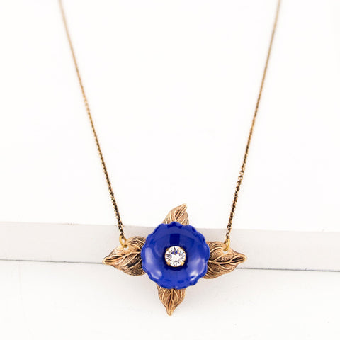 Antique flower leaves necklace