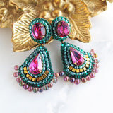 Emerald fuchsia gold dangle earrings - Exquistry - 3
