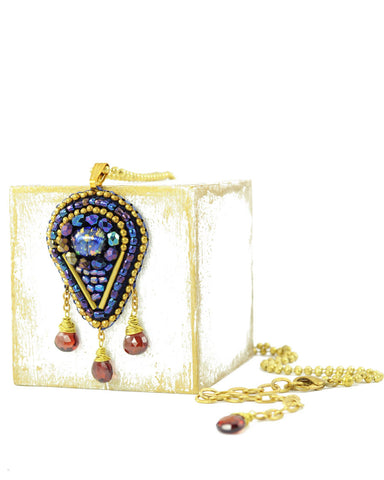 Blue maroon pendant necklace - Exquistry - 1