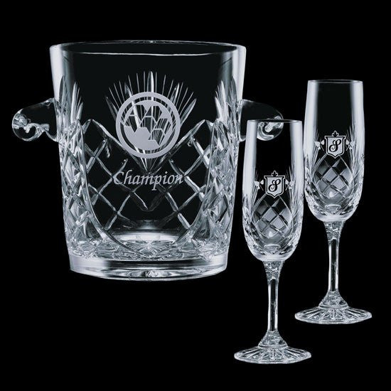 Cavanaugh Wine Cooler & 2 Flutes