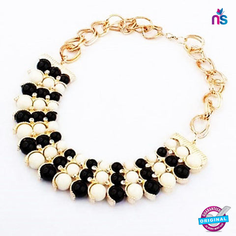 116 Exclusive Fashion Black and White Pearl Statement  Necklace