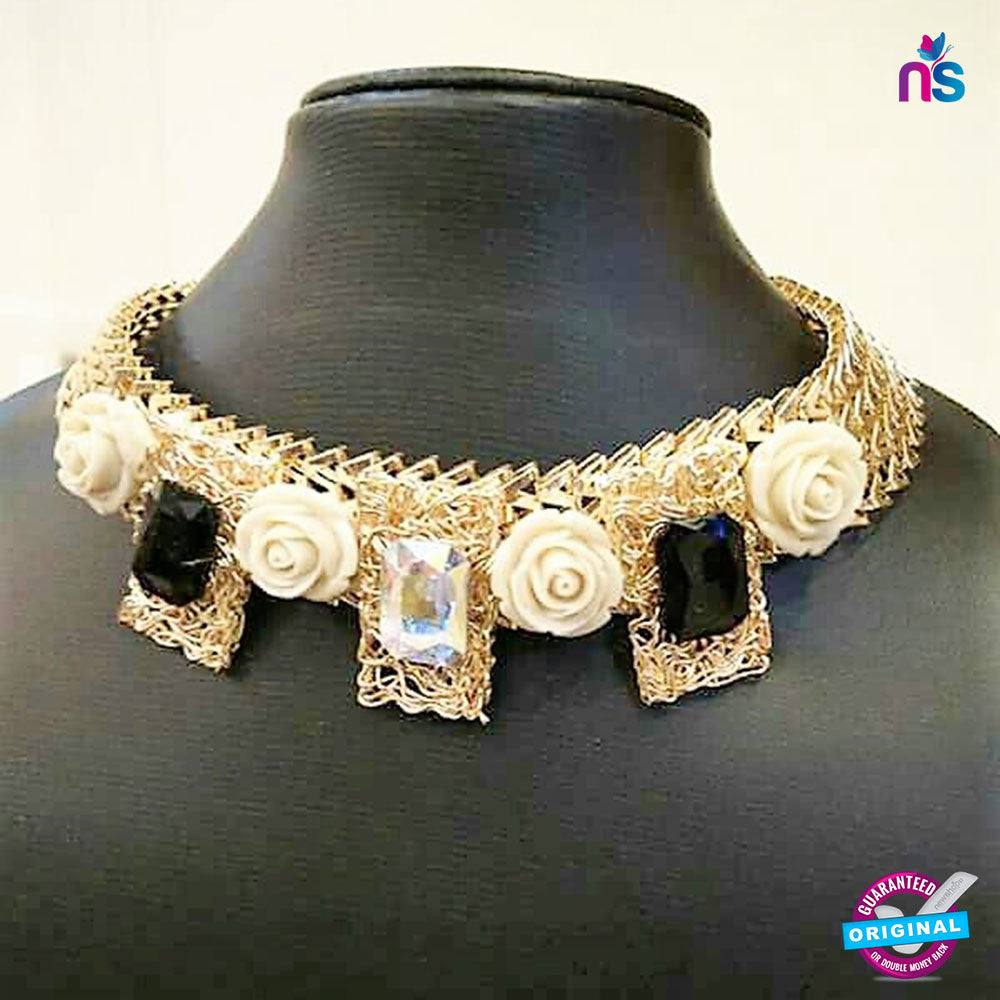 172 Exclusive Heavy Flowers with Crystal Necklace Jewellery